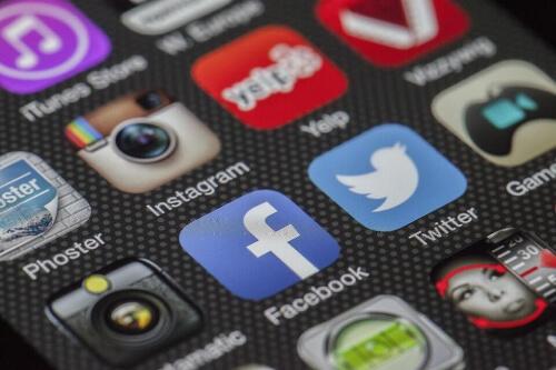 Agenzia Social Media Management